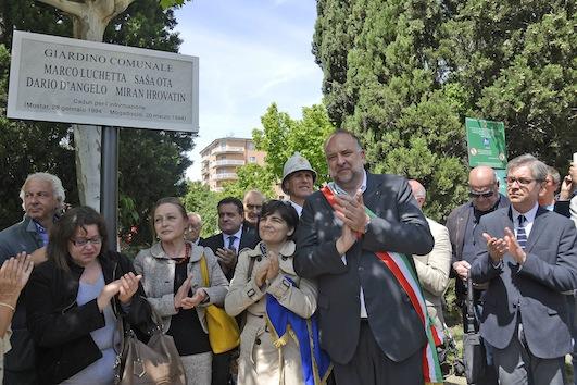 L'inaugurazione del giardino intitolato ai quattro giornalisti uccisi