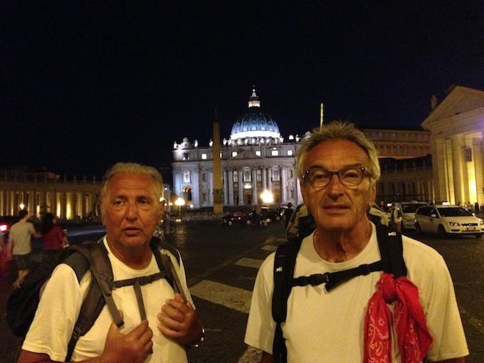 Lorenzo Del Boca e Angelo Moia in piazza San Pietro (foto Giornalisti Italia)