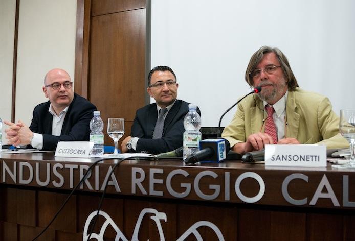 Carlo Parisi, Andrea Cuzzocrea e Piero Sansonetti, oggi nel salone di Confindustria Reggio Calabria