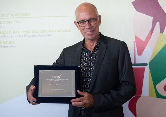 Gabriele Salvatores con il Premio Bianchi