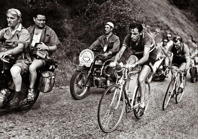 Fausto Coppi con Jean Robic sull'Alpe d'Huez al Tour de France del 1952