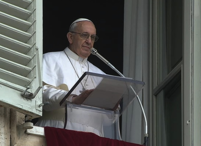 Papa Francesco all'Angelus