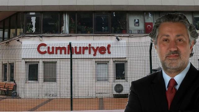 La redazione di Cumhuriyet e il direttore Murat Sabuncu arrestato dalla polizia di Erdogan