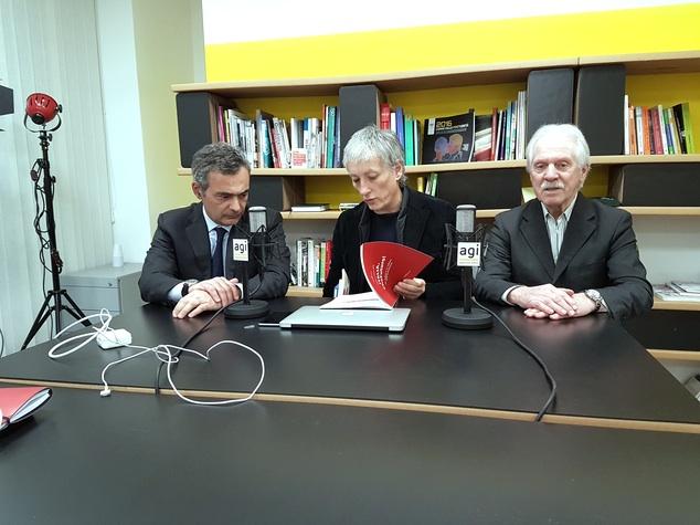 Claudio Roveda, Riccardo Luna e Giorgio De Rita firmano l'accordo