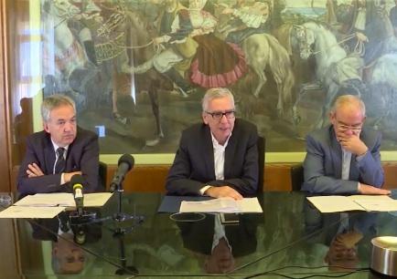 La conferenza stampa del presidente e degli assessori della Regione Sardegna