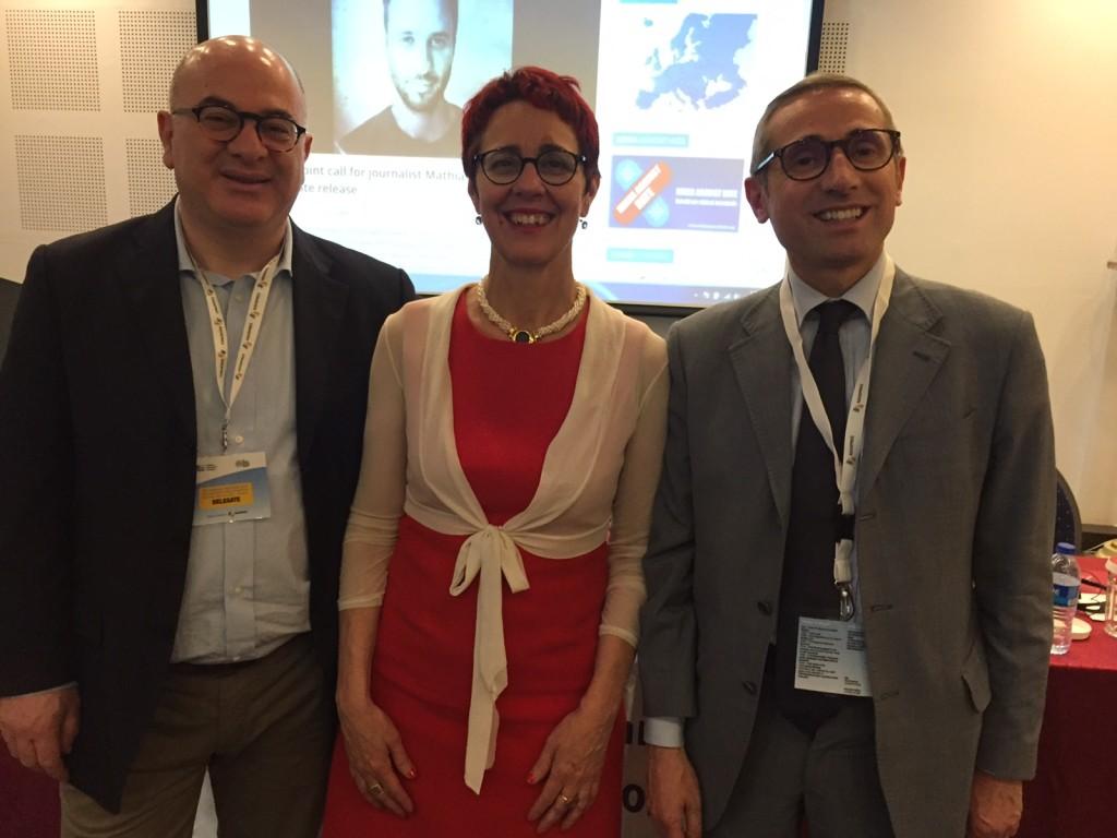 La Fnsi a Bucarest: (da sinistra) Carlo Parisi, Anna Del Freo e Raffaele Lorusso
