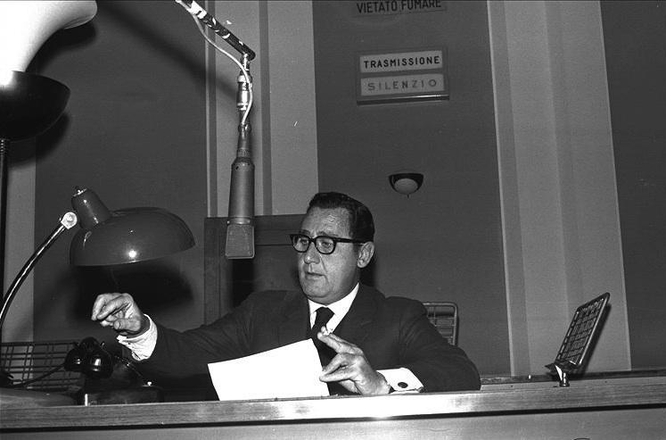 Alberto Sordi: la radio fu il suo vero trampolino di lancio tra gli anni Quaranta e Cinquanta grazie ai personaggi di Mario Pio e del Conte Claro