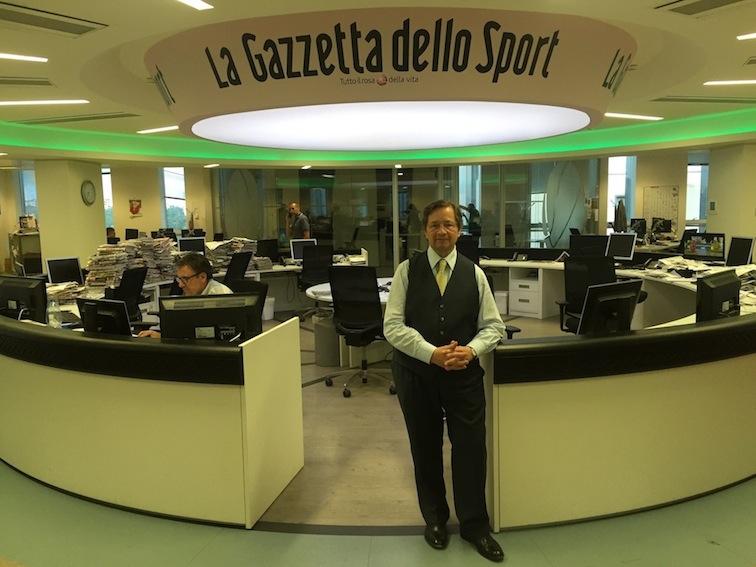 Antonello Capone nella redazione centrale della Gazzetta dello Sport