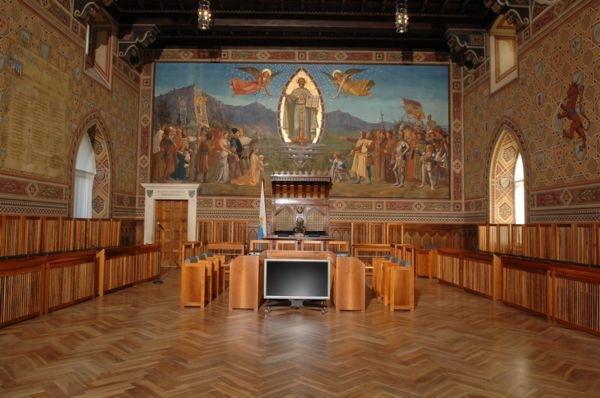 La sala del Consiglio Grande e Generale di San Marino