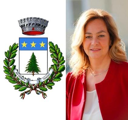 Lo stemma del Comune di Pino Torinese e il sindaco