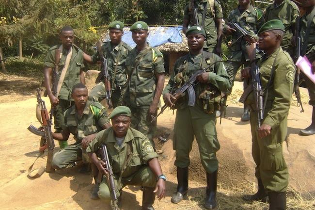 Miliziani della Riserva naturale di Okapi in Congo