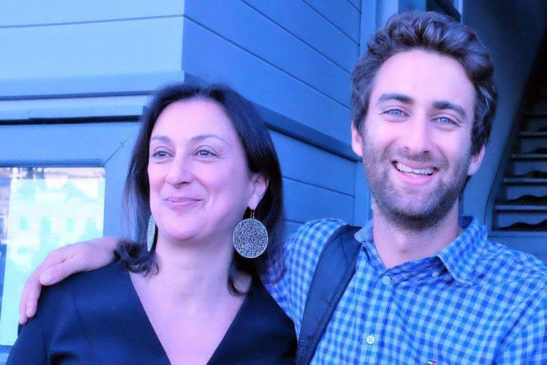 Matthew Capuana Galizia e la madre Daphne