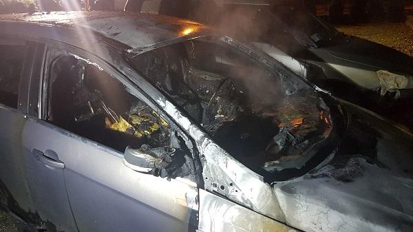 L'auto distrutta di Alessio Morgese
