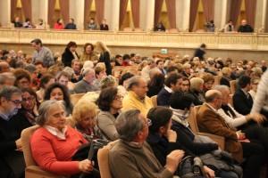 Il folto pubblico al Teatro Coccia di Novara