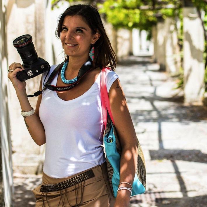 Violento scippo alla fotoreporter Roberta De Maddi