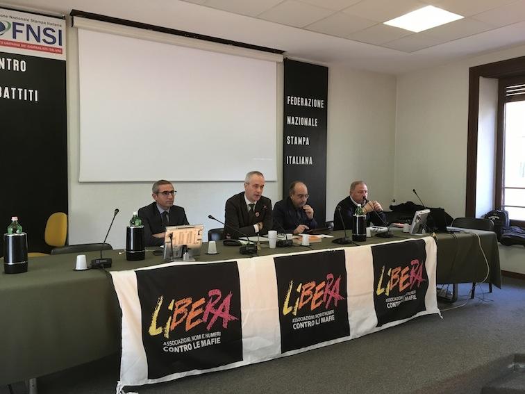 Raffaele Lorusso (segretario generale Fnsi), Lorenzo Frigerio (Liberainformazione), Giuseppe Giulietti (presidente Fnsi) e Michele Albanese (responsabile Fnsi per la legalità)