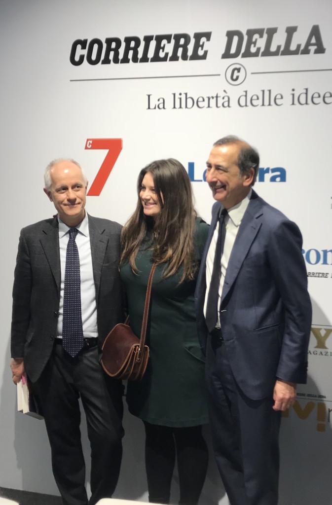 Lo stand del Corriere della Sera - Rcs con il direttore Luciano Fontana e il sindaco di Milano Giuseppe Sala (foto Giornalisti Italia)