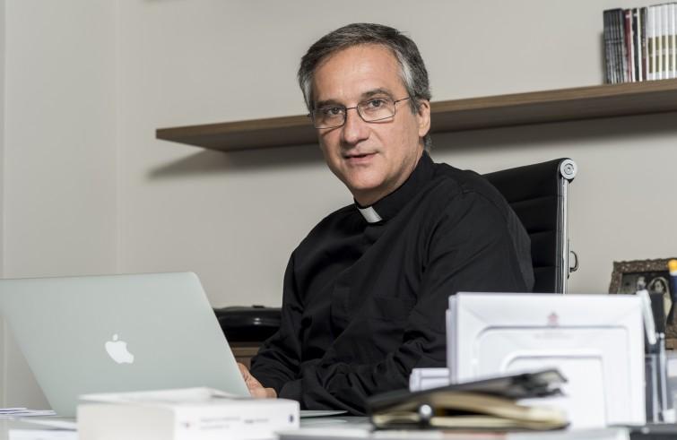 Mons. Dario Edoardo Viganò