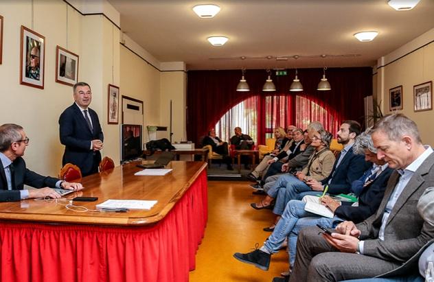 Raffaele Lorusso (segretario generale Fnsi) e Rocco Cerone (segretario Sindacato Trentino Alto Adige) nel corso dell'assemblea