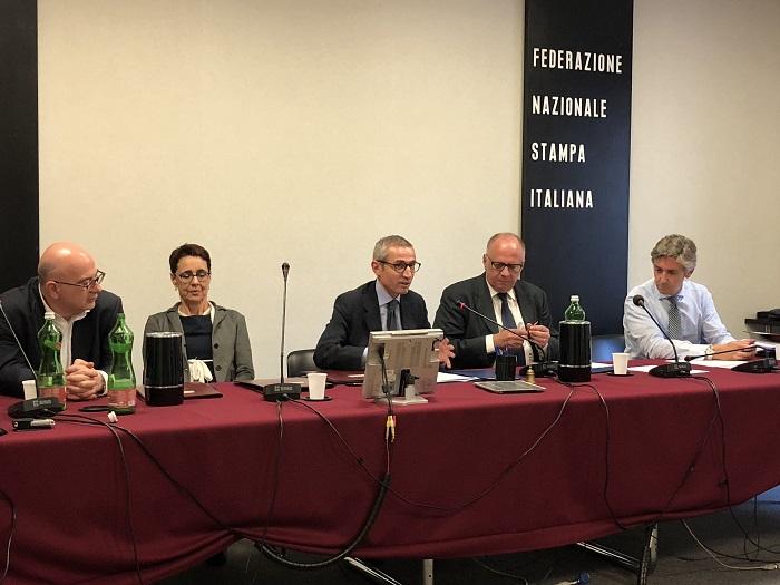 Da sinistra: Carlo Parisi, Anna Del Freo, Raffaele Lorusso, Francesco Saverio Vetere e Tommaso Daquanno